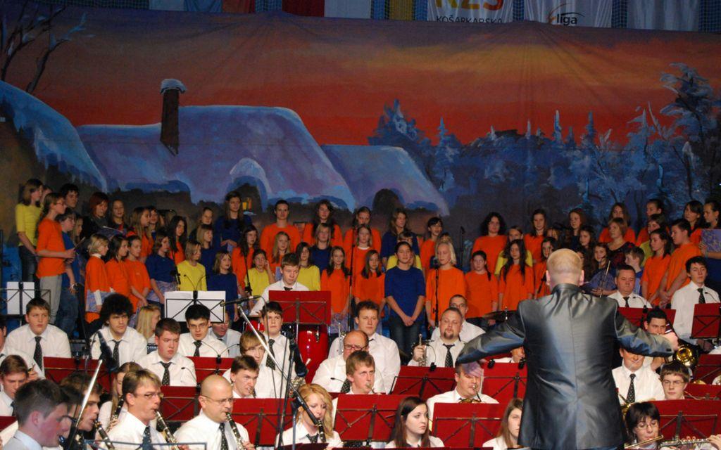 koncertZarjazgosti23_12_2012OPZMPZ